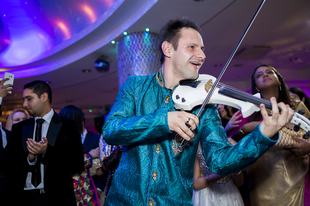 ana gely photography female asian wedding photographer premier banqueting violinist