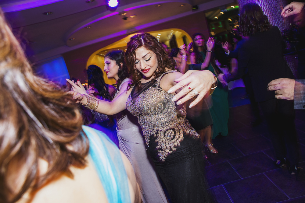 ana gely photography female asian wedding photographer premier banqueting party dancing