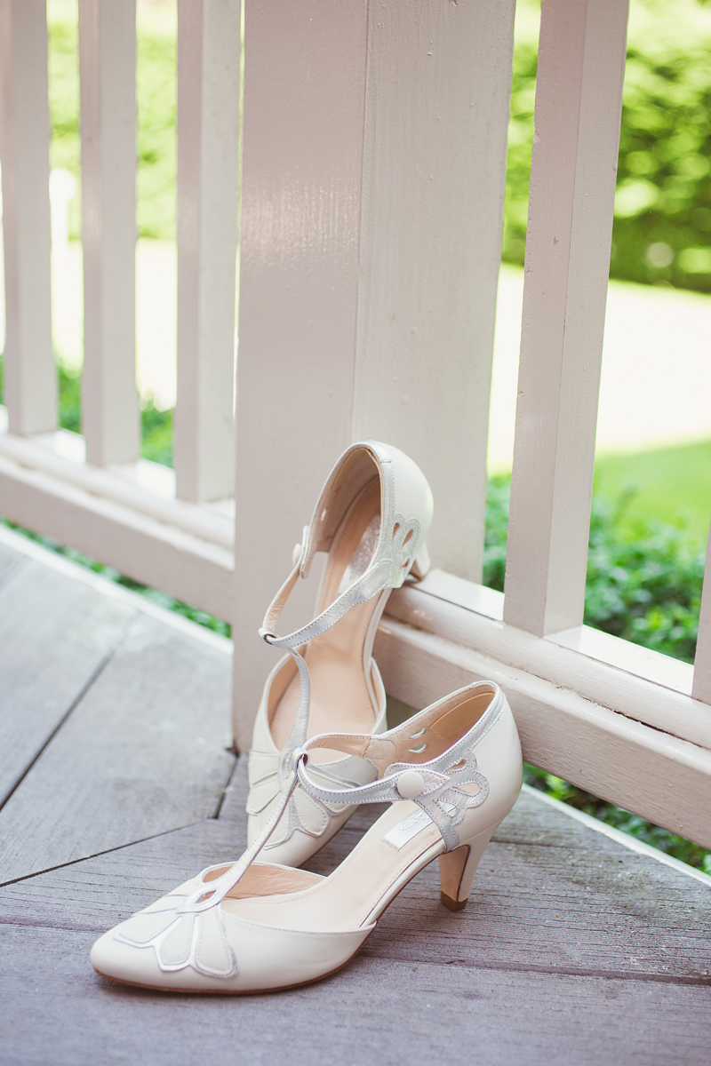 ana gely wedding photography photographer london runnymede on thames bride shoes