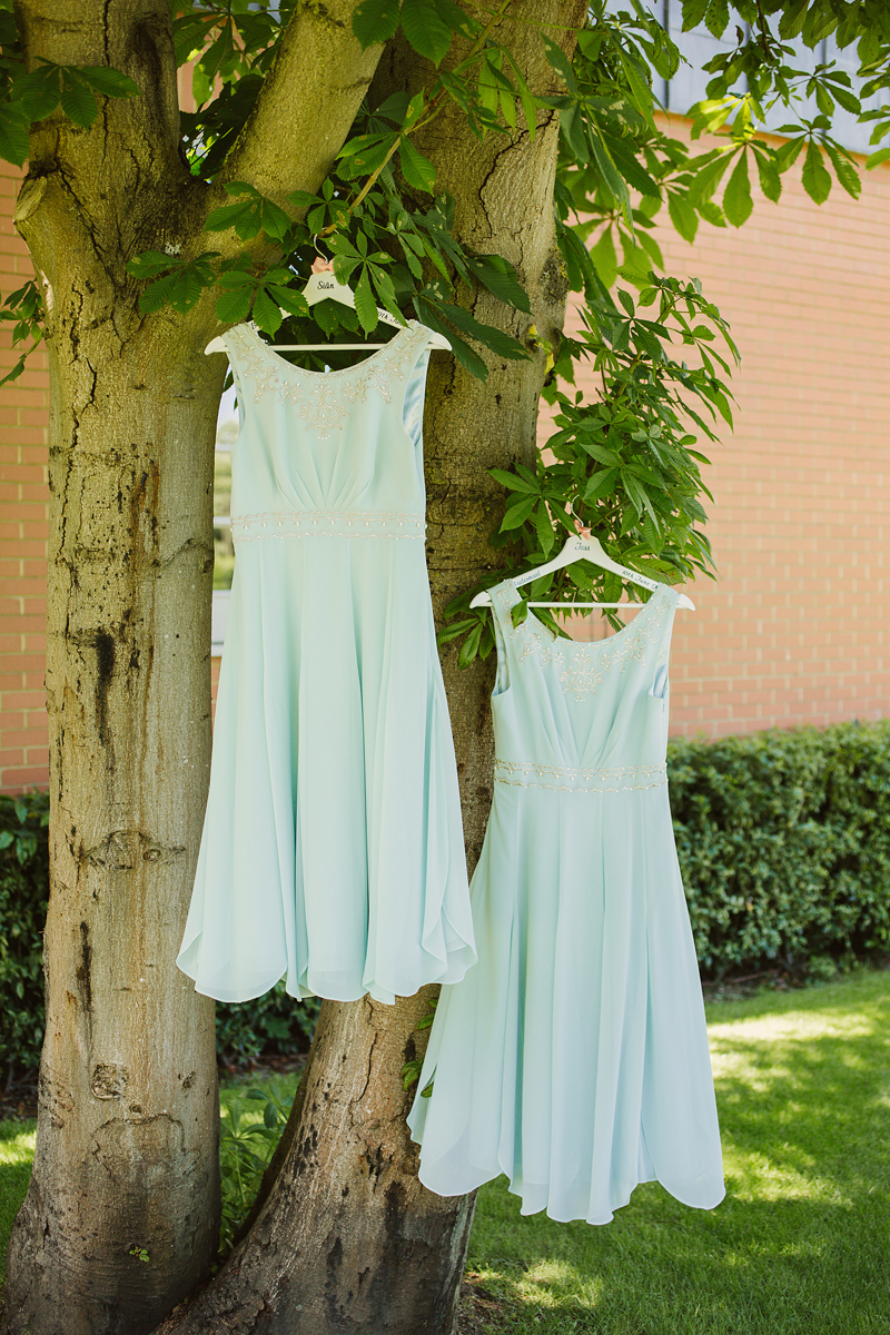ana gely wedding photography photographer london runnymede on thames bridesmaids dresses