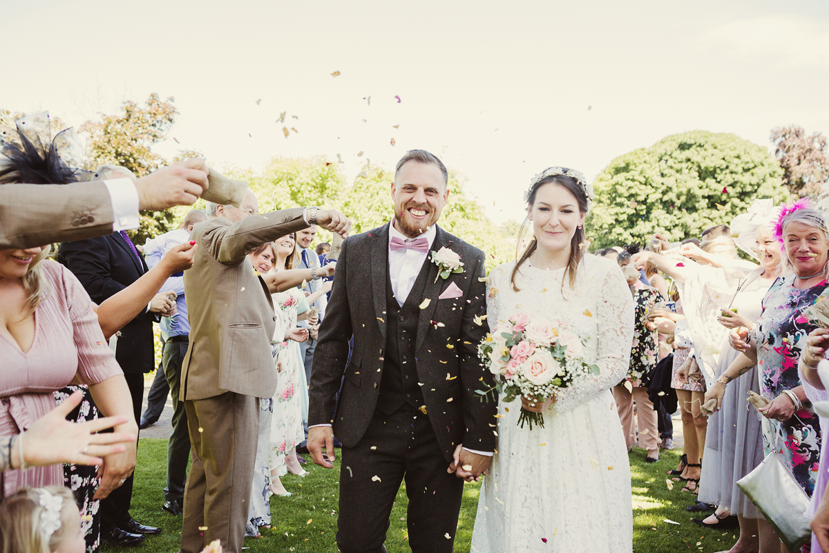 ana gely wedding photography photographer london runnymede on thames confetti