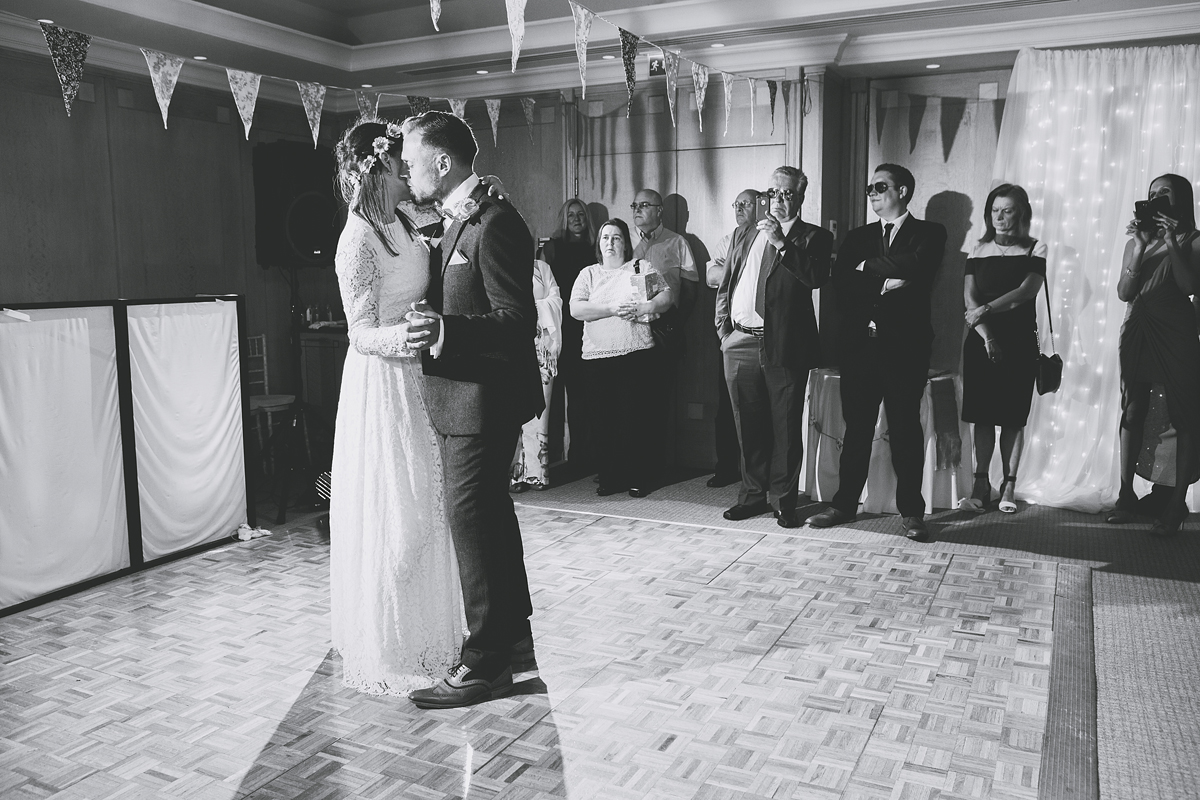 ana gely wedding photography photographer london runnymede on thames first dance